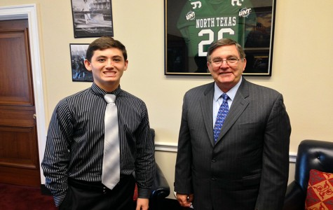 Junior earns recognition in Washington for essay