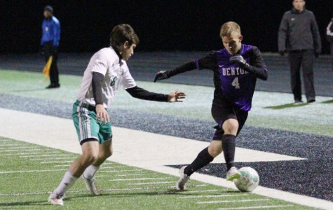 Second-half explosion propels Denton past Azle