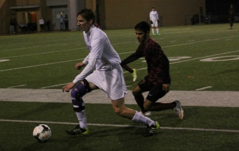 Denton downs Saginaw 3-1, nears district title
