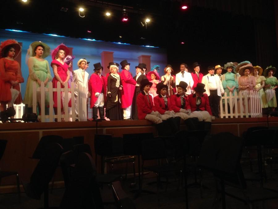 The Cast of Mame competes at the DSM High School Musical Awards.